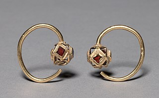 Earrings (pair)