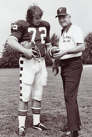 New York Sack Exchange - Joe Klecko at Temple with coach Wayne Hardin