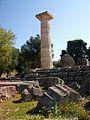 Columna reconstruïda del temple de Zeus a Olímpia.JPG