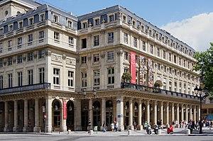Comédie-Française -  Iconic corner, entry to the Salle Richelieu, 2009.