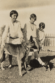 Connie, Margaret, Joan with dog, Carnarvon (cropped).png