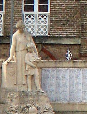 Corbie - Image: Corbie monument aux morts (détail) 1