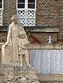 Corbie monument aux morts (détail) 1.jpg
