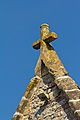 Croix du pignon de l'église Notre-Dame (Ouilly-le-Vicomte, Calvados, France).jpg