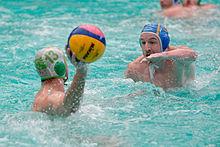Exemple de bonnets utilisé lors d\u0027une compétition nationale (ici la coupe  de la Ligue en France). Un bonnet de water polo