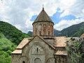Dadivank Monastery (37094232083).jpg