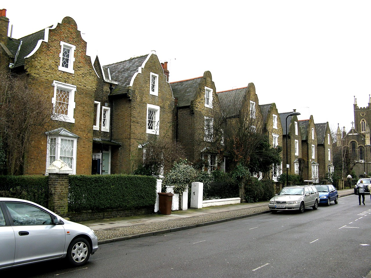 De Beauvoir Town: South side of De Beauvoir Square. Dr Neil Clifton / De Beauvoir Town: South side of De Beauvoir Square / CC BY-SA 2.0
