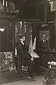 De schilder Constant Joseph Alban in zijn atelier, gefotografeerd door Sigmund Löw in 1903.jpg