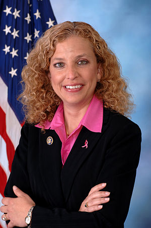 300px Debbie Wasserman Schultz%2C official portrait%2C 112th Congress Debbie Wasserman Schultz Should Step Down From DNC Leadership Role, Told Too Many Lies