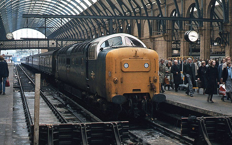 Deltic at Platform 5 - King's Cross, geograph-3379622-by-The-Carlisle-Kid