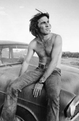 Publiciteitsfoto van Dennis Wilson voor de film Two-Lane Blacktop (1971)