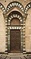 Dettaglio del Duomo di Prato 1.jpg