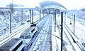 """Deux TGV en unité multiple en direction du sud, passant sous le """"Tube 300"""" de Saint-Exupéry.jpg"""