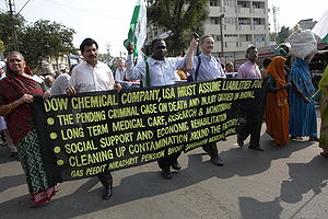 English: Dow Chemical banner, Bhopal, India. F...