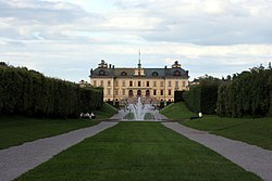 Tessin's Drottningholm Palace illustrates the proximity between French and Swedish architectural practice.