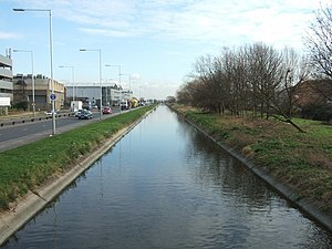 Duke of Northumberland's River - The river near Heathrow Airport