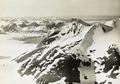 ETH-BIB-Mt. Protector-Kjerülgletscher Nordfjord von Süd-Westen aus 1000 m Höhe-Spitzbergenflug 1923-LBS MH02-01-0047-A.tif