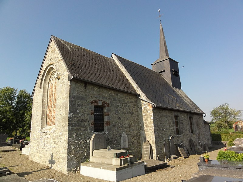 Eccles (Nord, Fr) église, coté nord