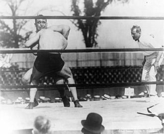 Ivan Linow - Ed 'Strangler' Lewis and Linow in the ring, 1920.
