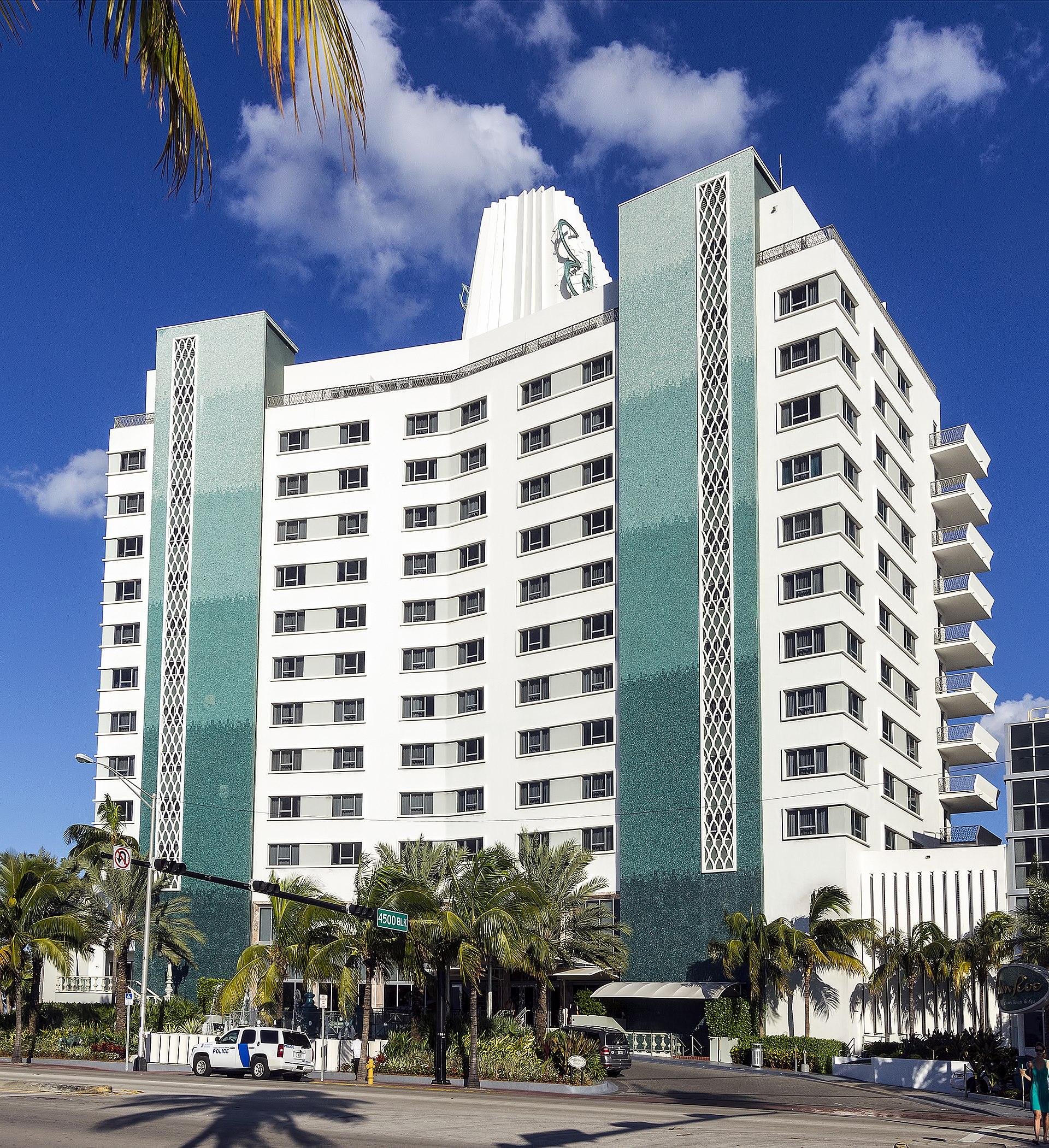 Eden Resort Suites: Eden Roc Miami Beach Hotel