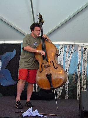 Edgar Meyer - Meyer with his double bass