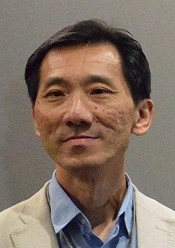 Edward Yiu Chung-yim, 2017 (cropped).jpg