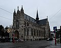 Eglise du Sablon from Square du Petit Sablon on a gray afternoon.jpg