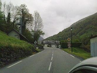 Urdos - Town entrance