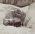 Entrance to Cave of the Winds, winter (NYPL b11708197-G91F069 077F).jpg