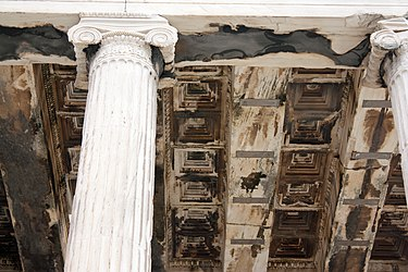 Erechtheum north ceiling 2010.jpg