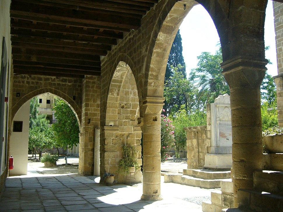 Etnografski-Courtyard