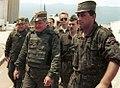 Guerres de Yougoslavie 120px-Evstafiev-mladic-sarajevo1993w