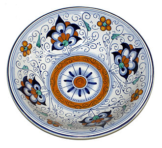 Faience - Modern bowl in a traditional pattern, made in Faenza, Italy, which gave its name to the type.