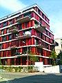 Farbiges Haus an der Eichgutstrasse - panoramio.jpg