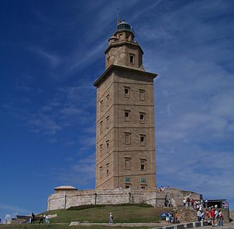 Trezenzonio - Imagen of the Tower of Hercules, from where Trezenzonio saw the Great Isle of Solstice.
