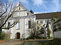 Fassade von St. Georg und Jakobus.jpg