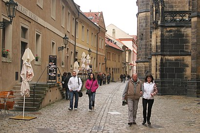 How to get to Vikárka with public transit - About the place