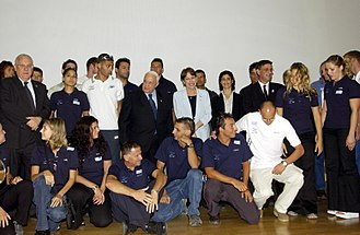 Israel at the 2004 Summer Olympics - Prime Minister Ariel Sharon and Education Minister Limor Livnat in a group photo with the Israeli Delegation to the 2004 Olympic Games in Athens