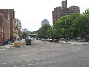Flushing Avenue - Western Flushing Avenue