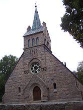 Fil:Flymens kyrka from east.jpg