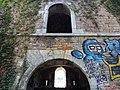 Fort de Loyasse - Mur cour intérieure.jpg