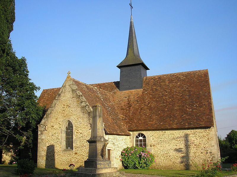 Ravigny (Pays de la Loire, France). L'église Saint-Julien.