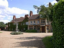 Fulbourn Manor - geograph.org.uk - 923679.jpg