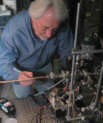 Cold fusion - Michael McKubre working on deuterium gas-based cold fusion cell used by SRI International
