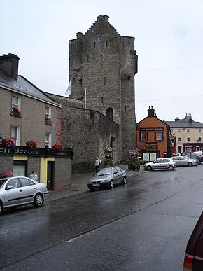 Gate Tower of Roscrea Castle.jpg