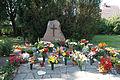 Gedenkstätte im Friedhof August-Bebel-Straße Anklam.jpg