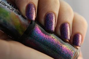 Glitter - Image: Glitter nail polish (purple)