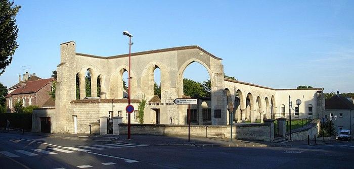 Foyer Hotel Dieu : Hôtel dieu ancien monument historique à gonesse