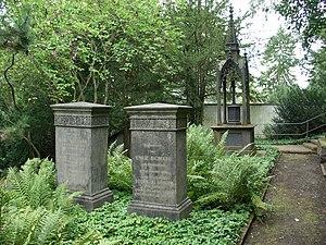 Karl Baedeker - Tomb of Karl Baedeker (left) at the cemetery in Koblenz