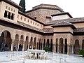 Granada, Alhambra, Patio de los Leones (15).jpg
